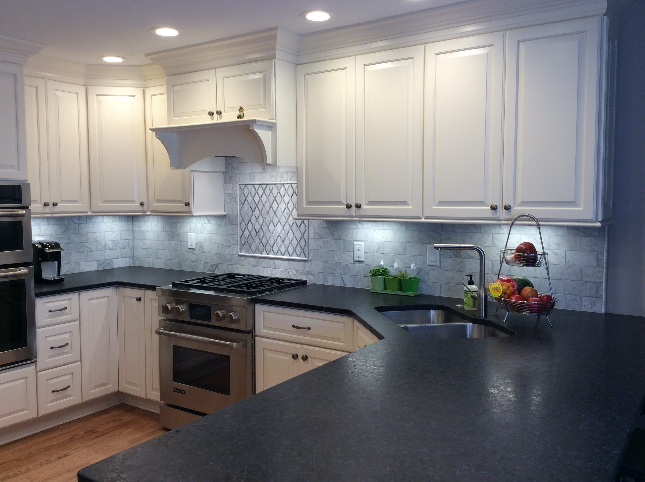 Charmant Pittsburgh, Explore The Possibilities With Creative Design U0026 Functional  Improvements To Your Kitchen. Enjoy And Entertain With A New Theme And  Color That ...